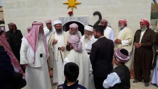 بالصور؛ الايزيديون في بعشيقة يعمرون اولى قبابهم التي دمرها داعش
