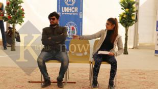 بالصور: عرض مسرحي لمناهضة العنف ضد المرأة في مخيمات النزوح