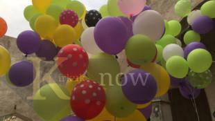 """بالصور والفيديو: """"بالون الاماني"""" يحلق في كركوك"""