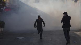 بالصور: تظاهرات واعمال عنف في السليمانية