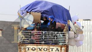 بالصور: نازحو الحويجة يودعون خيمهم