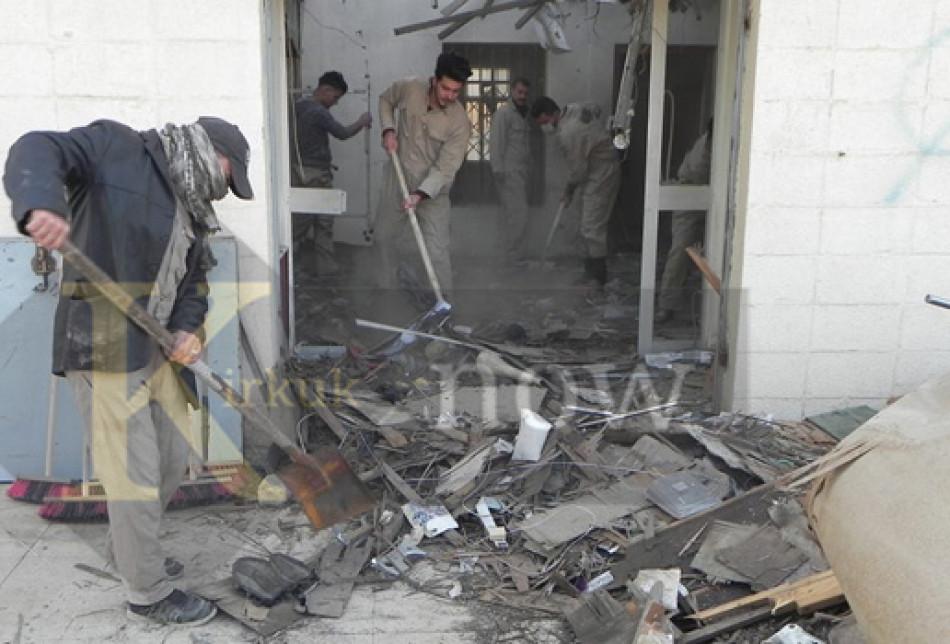 بعد ثمانية اشهر من استعادة الموصل.. <br> بدء اعمال تنظيف بنايات المعهد التقني في الموصل