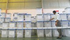 مفوضية الانتخابات تنفي وضع صناديق الاقتراع خارج مدينة كركوك