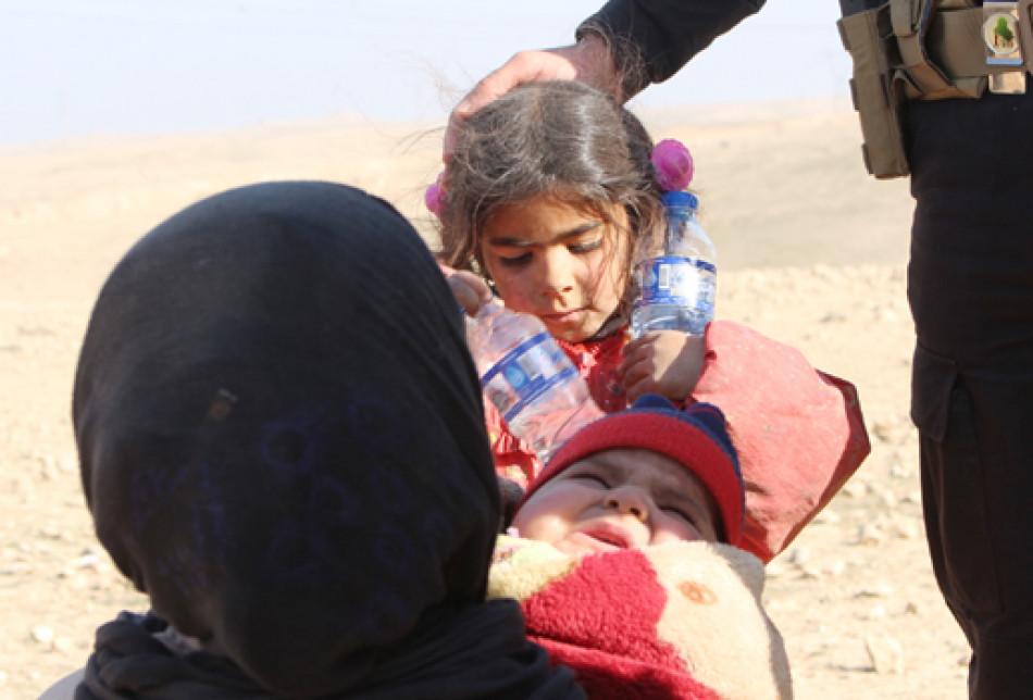 Mosul Residents Continue to Escape