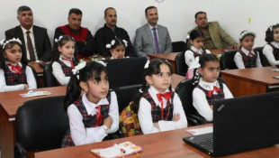 In pictures: First electronic classroom opened in Mosul