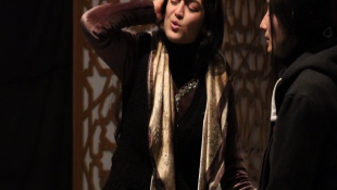 An all-female theatre group depict women suffering in Kirkuk