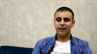 ڤیدیۆ: گهنجێكی نابینای كارامه<br>لهسهردهمی داعش-دا بهنهێنی تۆڕێكی بۆ نابينايان دروستكرد