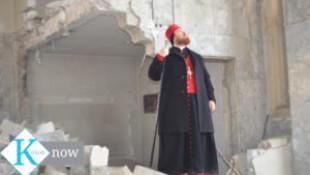 FOTO-VİDEO: Kilisesi önünde hüngür hüngür ağladı