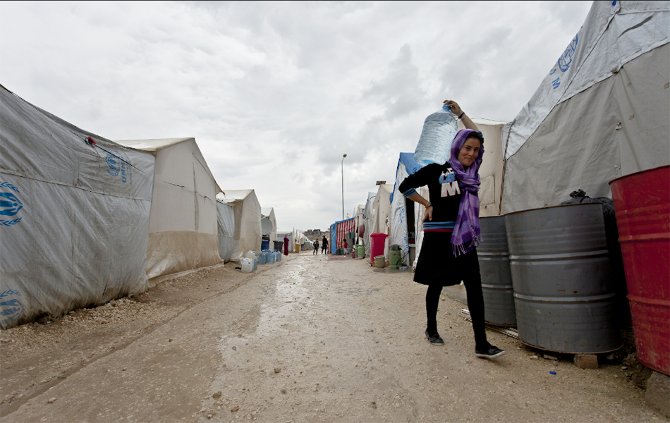 Duhok - an IDP girl at a camp. Photo: Oxfam