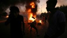 ارتفاع عدد قتلى الاحتجاجات في العراق وانسحاب للجيش من منطقة الصدر