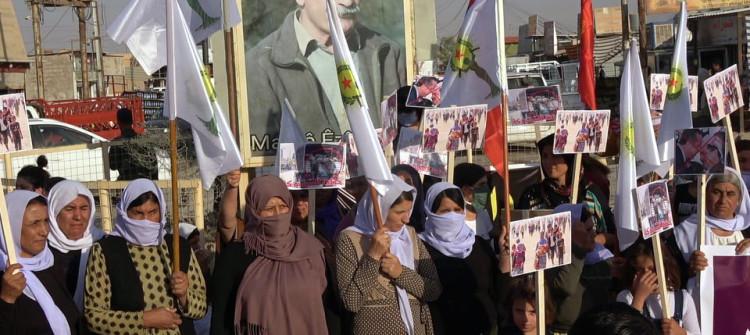 Şengalli kadınlar Bağdat-Erbil arasında imzalanan anlaşmayı protesto etti