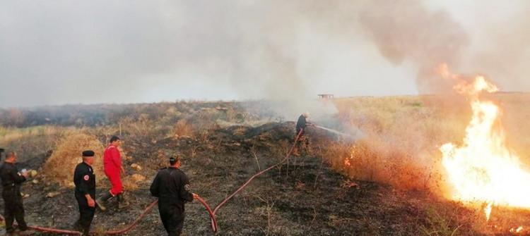Yaklaşık 20 kişi yaralandı<br> Musul: Yedi kişi yangını söndürmeye çalışırken hayatlarını kaybettiler