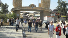 داخل الحرم الجامعي..<BR> طالبتان تتعرضان للدهس من قبل موكب رئيس جامعة الموصل