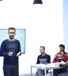 صالح محمود: اشجع الشباب على تسخير التكنولوجيا في مشاريعهم الخاصة