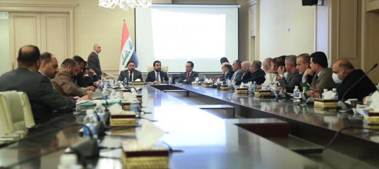 اللجنة المالية البرلمانية تقرر عدم استقطاع رواتب الموظفيناو المتقاعدين