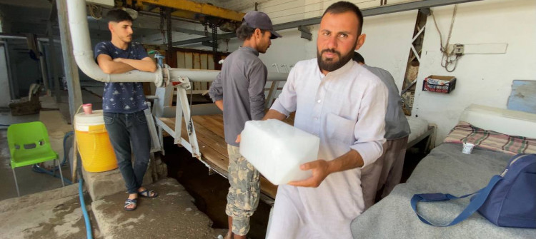 Baking summer lead to ice crisis in Kirkuk