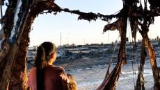 Kamp yangını mağdurlarına 85000 dolar bağış toplandı