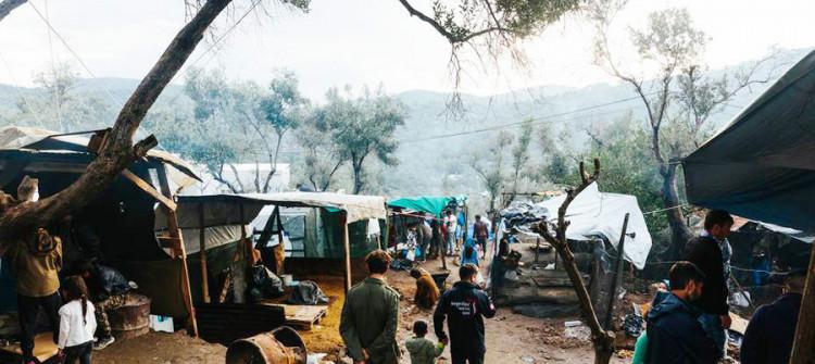 Ezidi Vinüs; Irak'taki kamptan Litvanya'daki bir mülteci kampına