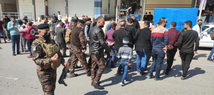 Kerkük'te esnaflar sokağa çıkma yasağını protesto etti