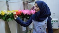 ريحانة تنشر الحب في الموصل من خلال بيع الزهور