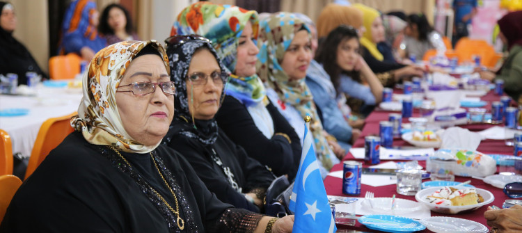 القوة في كثرة العدد <br>المنظمات والاحزاب التركمانية تحث الشباب بإنجاب اكبر عدد من الاطفال