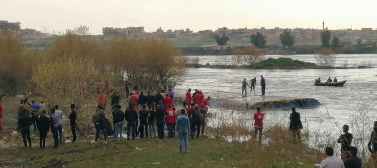 خمسون شخصا مازالوا في عداد المفقوين<br>تذكير المسؤولين في الموصل بحادث غرق العبارة
