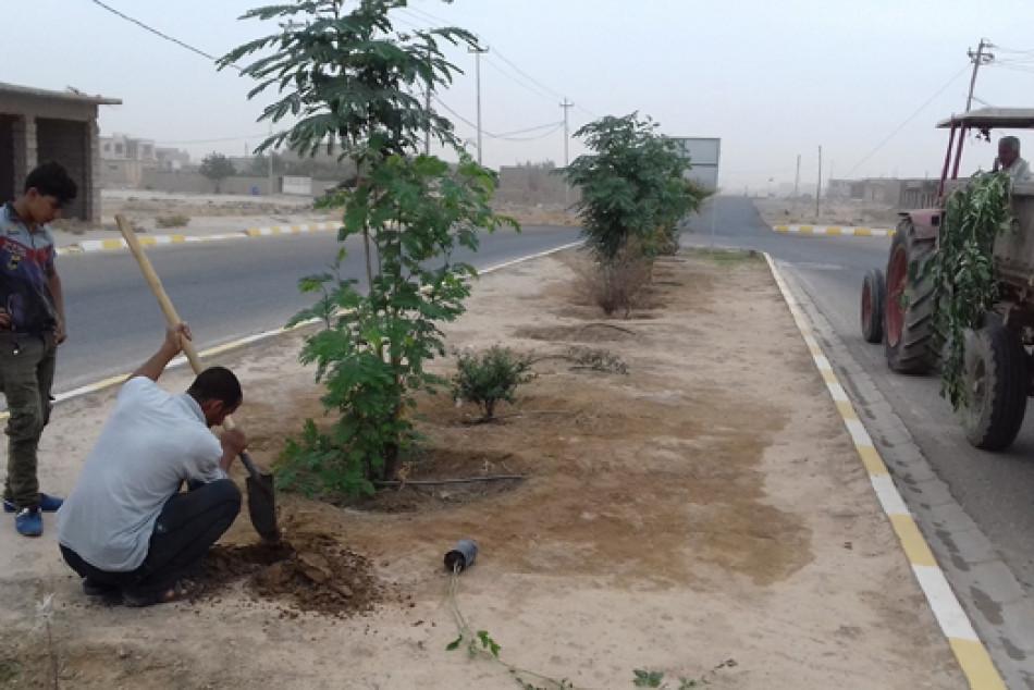 مواطنون يمحون اثار تنظيم الدولة الإسلامية ويعيدون الحياة لناحية جنوب غربي كركوك