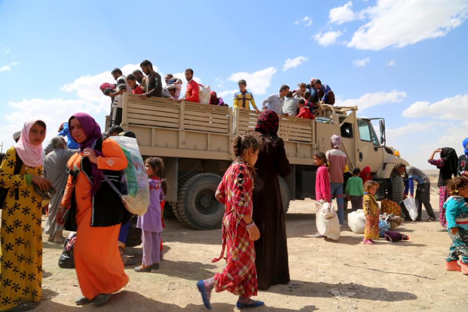 دێوهزمهی داعش؛ ژیان له دهیان ژن و كچی ئێزیدی دهسهنێتهوه