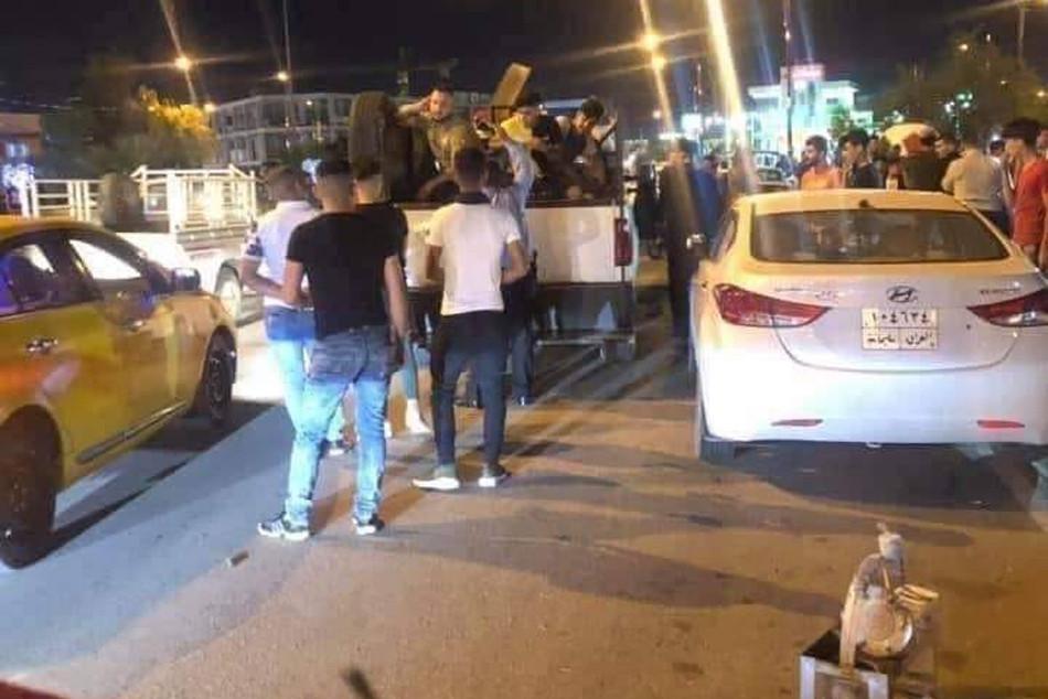 الشباب يعبرون عن امتعاضهم من قرار منع البرمودا<br>القوات الامنية تنتهك الحريات الشخصية للمواطنين في كركوك